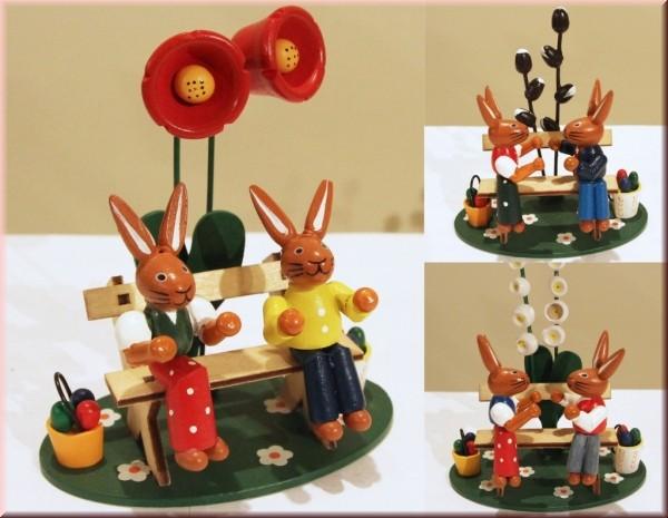 Osterszene Hasen auf Bank aus Holz - Preis für 3 Stück