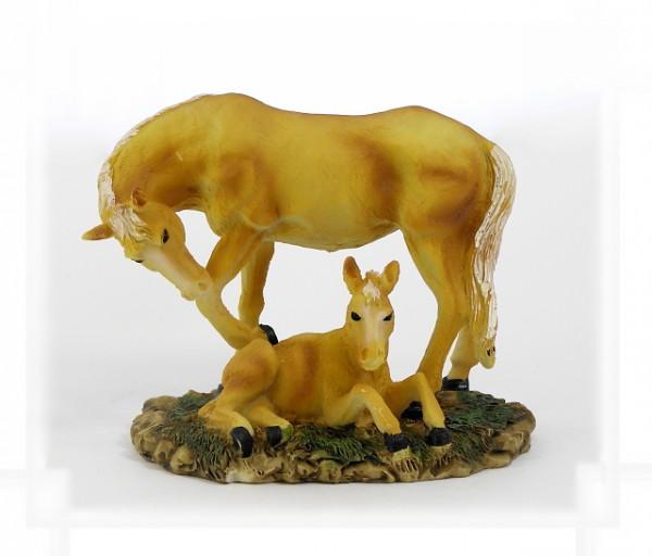 Pferd mit Fohlen klein
