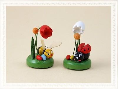 Frühlingsszene Biene & Marienkäfer aus Holz zum Aufkleben