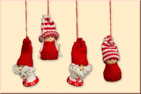 Winterkinder zum Anhängen aus Wolle, 4er Set