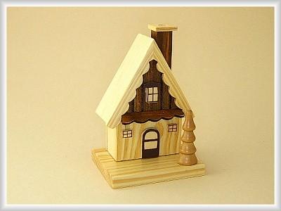 Rauchhaus Waldhütte in Naturfarbe aus Holz