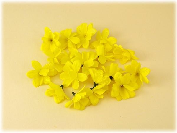 Narzissenblüten 18er Set zum Dekorieren und Basteln