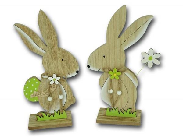 Osterhase stehend mit Osterei und Blume aus Holz mittelgroß