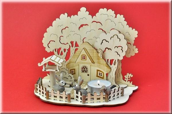 Osterszene Waldhaus mit Hasen