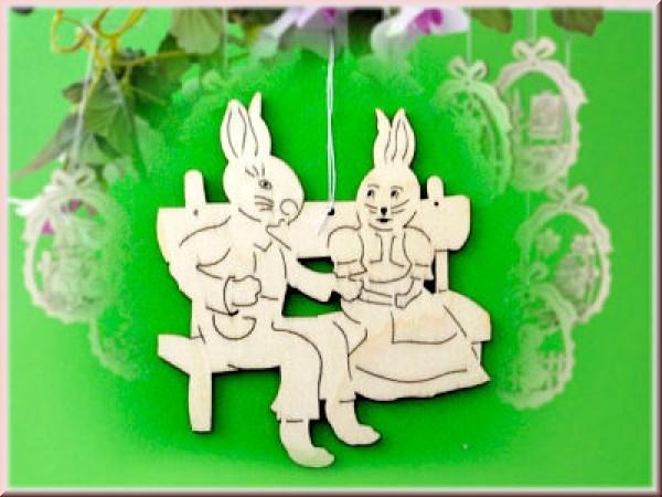 Baumbehang/Fensterbild Hasenpaar auf Bank