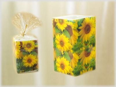 Kerze quadratisch mit Serviettentechnik Motiv Sonnenblumen